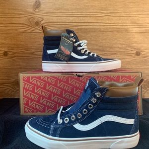Vans Women's Sk8 Hi All Weather ScotchGuard MTE